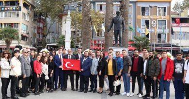 BANDIRMA CHP'DEN ALTERNATİF TÖREN